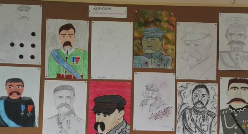 Oświata, Sukcesy uczniów Wyszogród konkrsie plastycznym - zdjęcie, fotografia